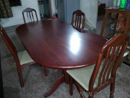 6 Seater Dining Table With 4 Chairs Set For Immediate Sale